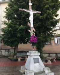 м. Чернівці. Поклінний хрест на вул. Турецькій.