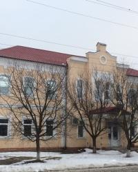 смт. Короп. Стара школа.