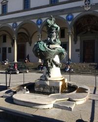 м. Флоренція. Фонтани на площі Сантіссіма Аннунціата.