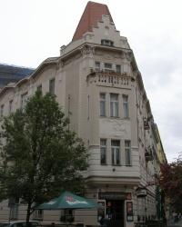 м. Прага. Будинок на розі вулиць Ясельської і Еліазової.