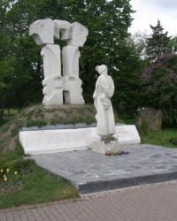 м. Чернігів. Пам'ятний знак борцям за волю і незалежність України