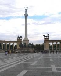 м. Будапешт. Пам'ятник тисячоліттю Угорщини.