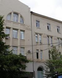 м. Київ. Будинок № 14 по вул. Пушкінській.