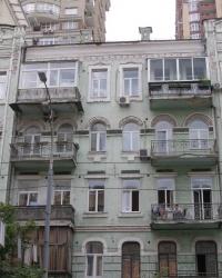 м. Київ. Будинок № 123 по вул. Саксаганського.