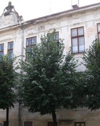 м. Чернівці. Будинок № 26 по вул. Українській.