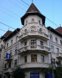 м. Чернівці. Будинок № 15 по вул. Університетській.