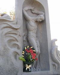 с. Старомлинівка. Братська могила військовополонених.