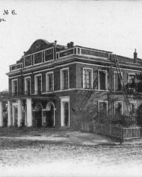 Перший професійний український театр