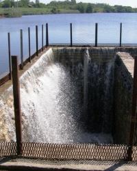 Редкая конструкция плотины