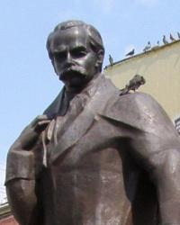 Памятник Т.Г.Шевченко в Черновцах