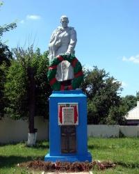 Братская могила в селе Смородское