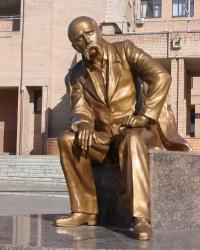 Памятник Шевченко в Балаклее