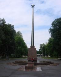 Памятник советским воинам в посёлке Комсомольский
