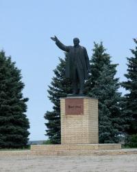Ленин на площади Ленина. Купянск