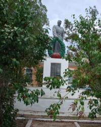 Братская могила недалеко от жд станции Балаклея
