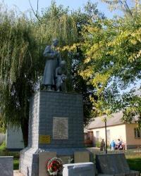 Братская могила в Дергачах
