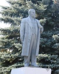 Памятник Ленину в Золочеве