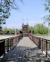Морозовский пешеходный мост