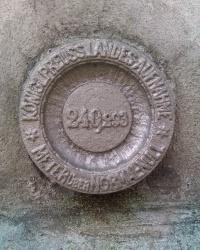 Нивелирная марка 240,293 на костеле Святого Михаля (Kościół Św.Michała)
