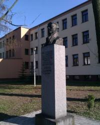 Pomnik Józefa Lompy w Oleśnie (v.2)