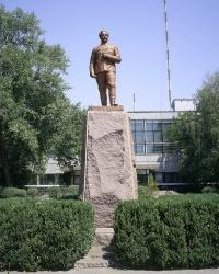 Памятник Серго Орджоникидзе! В г. Орджоникидзе.