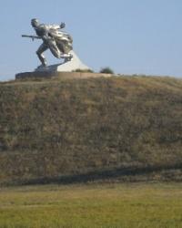 Монумент Стальному солдату на Кургане Славы в г.Новая Одесса