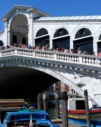 Міст Ріальто у Венеції