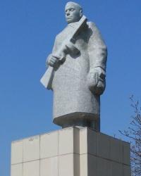 Пам'ятник воїнам другої світової війни у Дніпрорудному