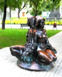 Памятник студентам в Сумах.