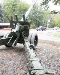 Памятник-пушка А-19 в Запорожье