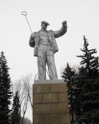 Памятник сталевару в Запорожье