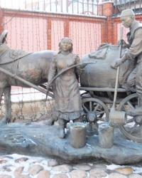 Памятник водовозу в Казани
