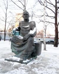 Памятник Баки Урманче в Казани