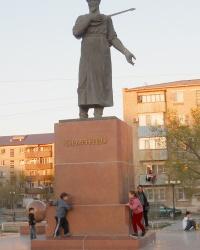 Памятник композитору Курмангазы Сагырбаеву в Атырау