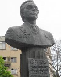 Памятник А.Э. Нудельману в Одессе