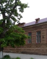 Дом женской гимназии в Приморске