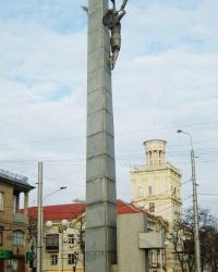 Памятник 60-летия Победы в Запорожье
