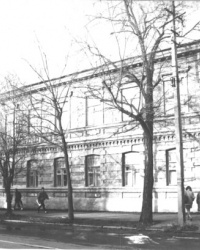 Здание бывшего казначейства в Мариуполе