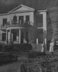 Мариупольские здания  где Адольф Гитлер в 1941 году пребывал