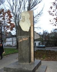 Памятник Л. Н. Толстому в Одессе