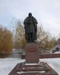 Памятник Николаю Васильевичу Гоголю в Миргороде