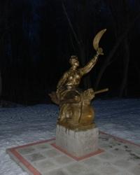 Гоголевские персонажи на территории МРЦ МВД Украины в г.Миргороде