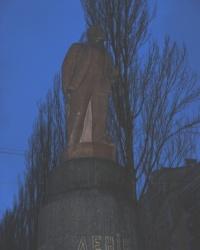 Памятник Ленину у Бессарабского рынка в Киеве