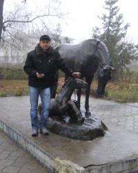 Памятник Гильде в Дибровке