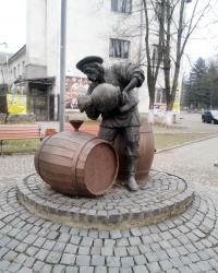 Пам'ятник гербу м. Свалява