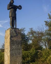 Памятник Новгород-Северскому 1000 лет