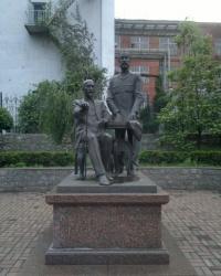 Памятники Кировограда: Братья Эльворти