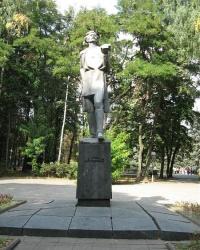 Памятник М.Горькому в г. Винница