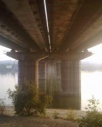 Романтика под мостом