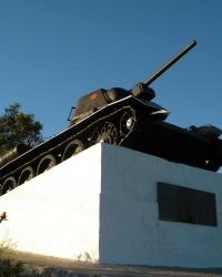 Памятник танкистам (Танк Т-34) - освободителям Севастополя